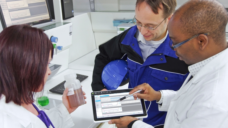 All stored sample and sensor information is easily accessible to enhance your GLP and GMP.